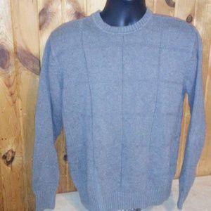 geoffrey beene men M gray sweater T15